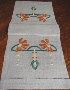 Cone flower Table Scarf Embroidery Kit